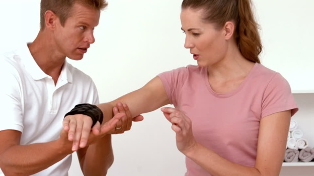 Distinctive features of Physical therapy: which one are you suffering from?