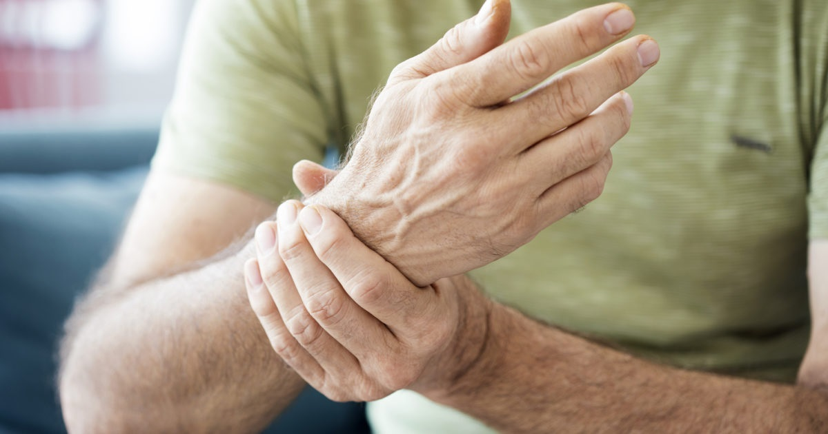 Hand and wrist pain: What causes it? What can you do about it?